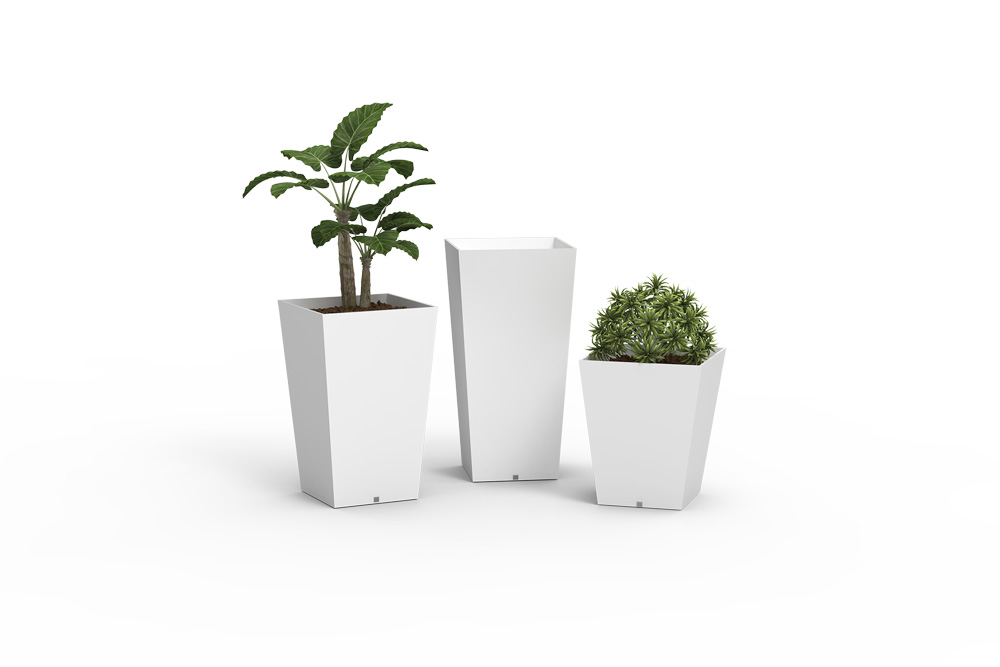 Quadra Vases in Stock