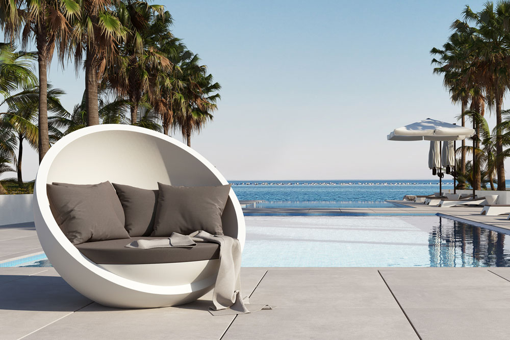 Bola Sofa by the Pool
